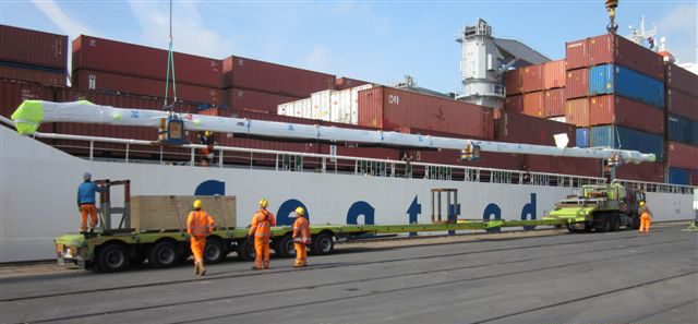 Arrival in Zeebrugge - offloading from the ship