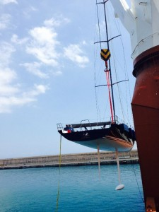 Mini Maxi Bella Mente arriving to Palma from Bermuda. Shipped by Complete Marine Freight